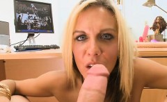 Horny milf loves hard drilling