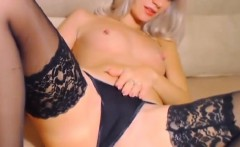 Gorgeous Blonde Babe Fingering her Cunt